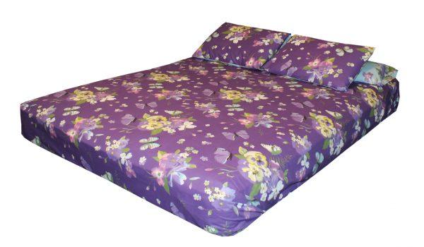 ملاية سرير مشجرة