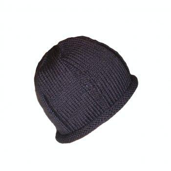 قبعة حريمي لون موف غامق